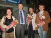 Организаторы встречают жертв российских терактов в аэропорту им. Шарля де Голля